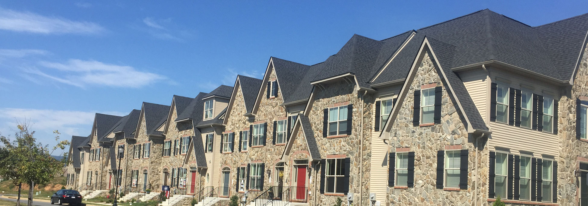 How to Combine Your Home's Siding with Stone Exteriors
